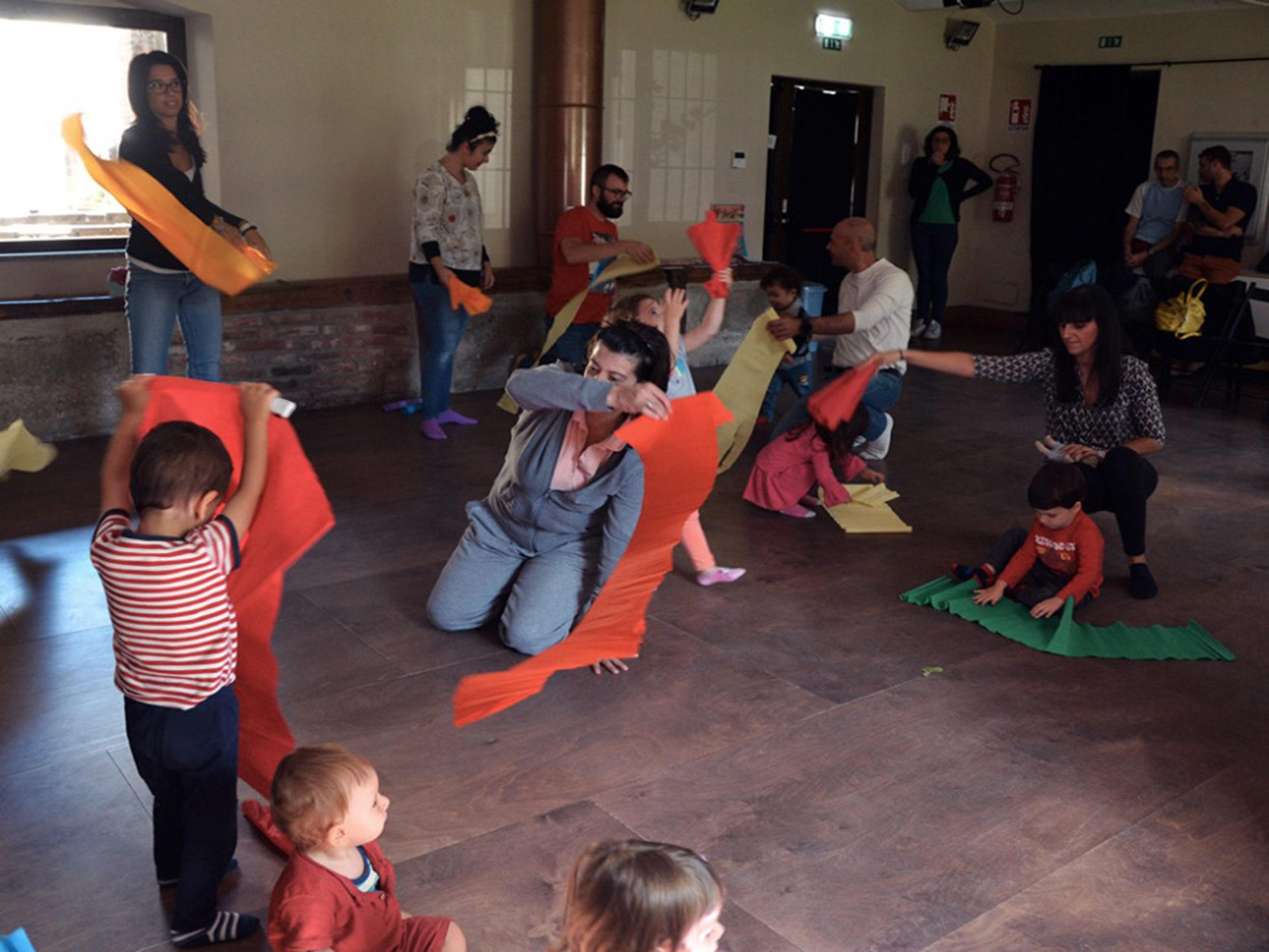 Danzando con la mia tribù: laboratorio di danza per famiglie