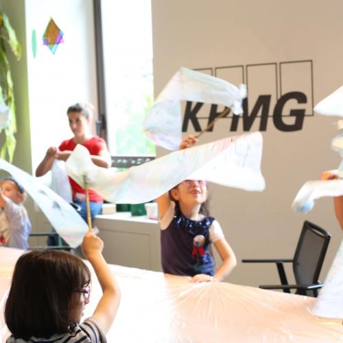 KPMG Torino: Bimbi in ufficio
